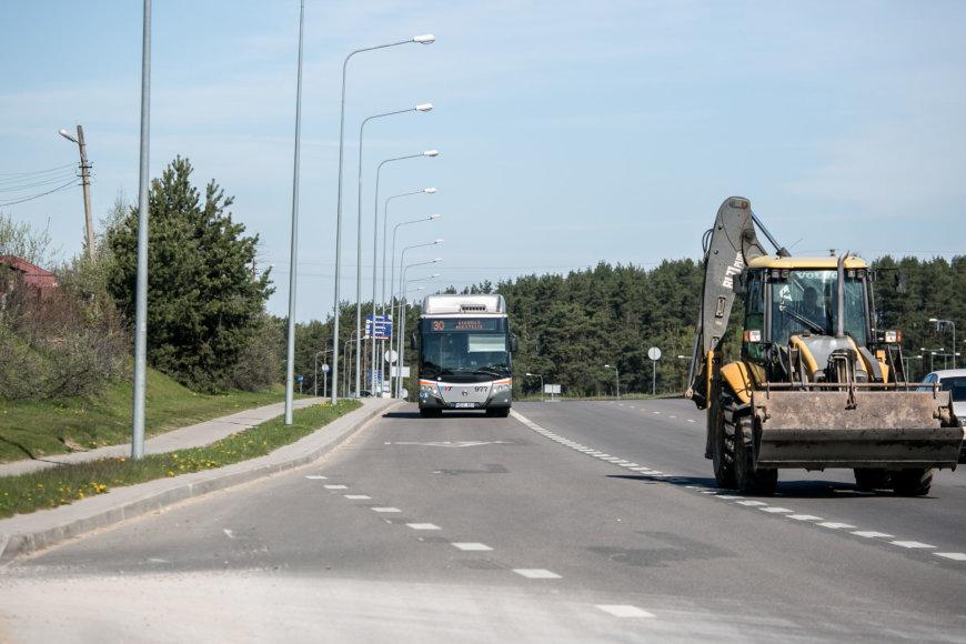 Juliaus Kalinsko / 15min nuotr./Pilaitės prospekte autobusai važiuos greičiau