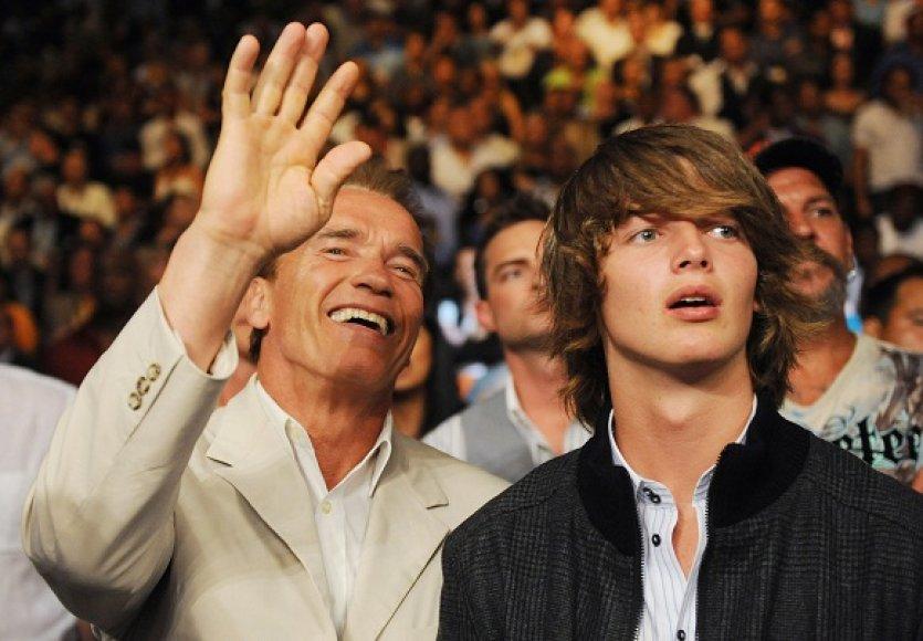 Arnoldas Schwarzeneggeris su sūnumi Patricku