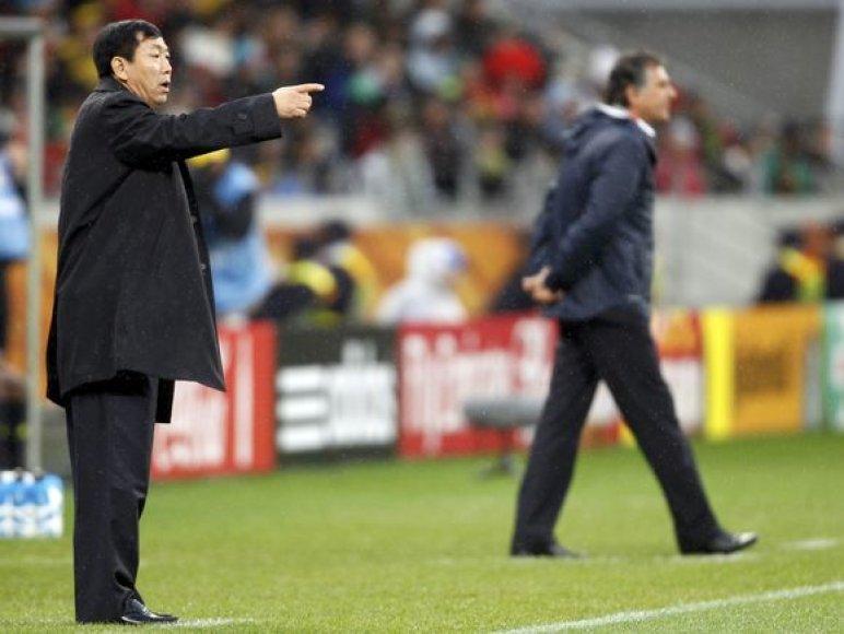 Šiaurės Korėjos treneris Kimas Jong-Hunas