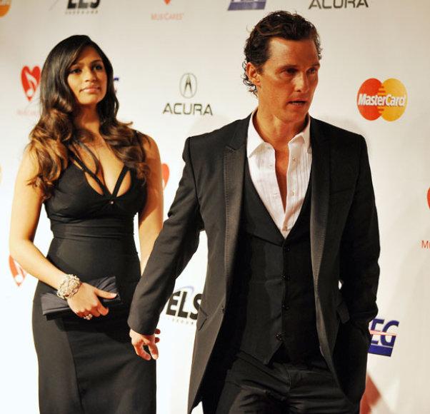 Matthew Mcconaughey ir Camilla Alves