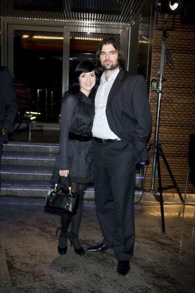 Eglė Visockaitė su sužadėtiniu Marium Damaševičium