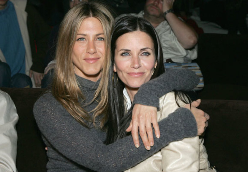Jennifer Aniston ir Courtney Cox
