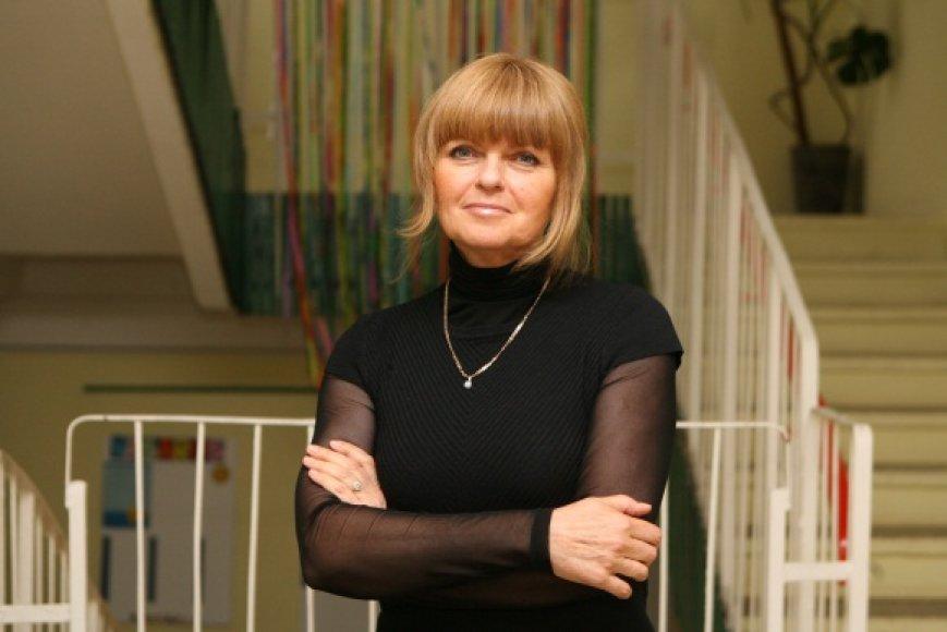 """""""Šviesos"""" pradinės mokyklos direktorė M.Bajevienė tikina nepakęsianti melo, todėl savo sprendimo atleisti keturias mokytojas nekeis."""