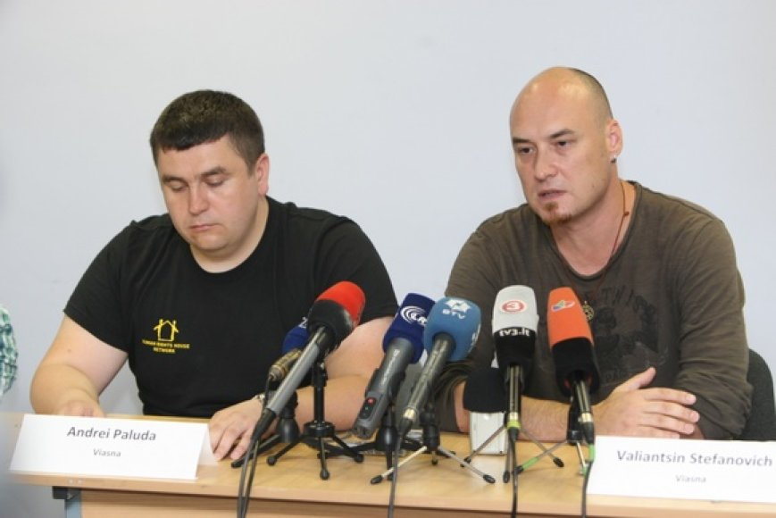 Anot V.Stefanovičiaus (d.), Baltarusijos valdžiai labiausiai nepatinka žmogaus teisių gynėjų parama politiniams kaliniams.