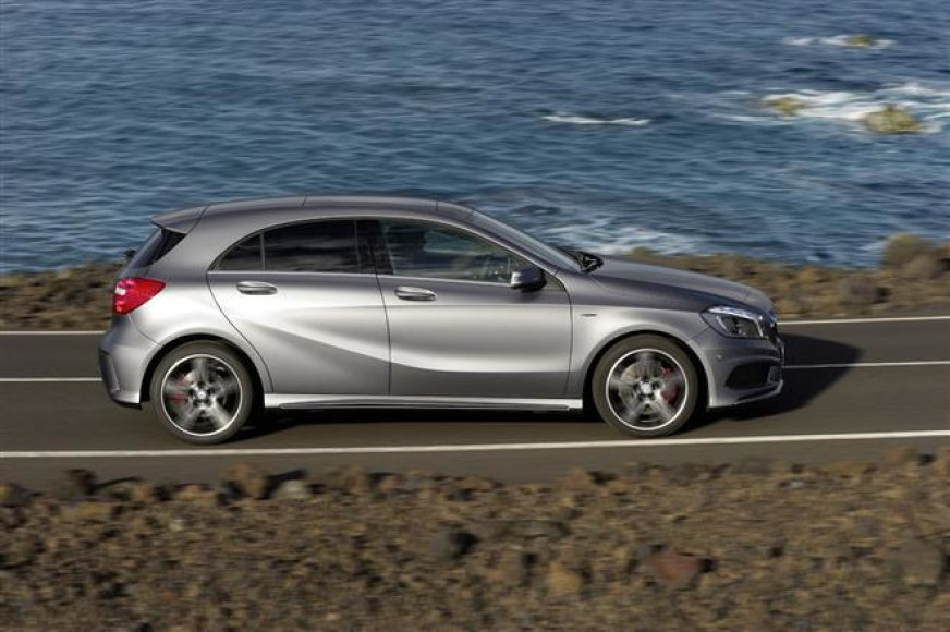 "Naujas ""Mercedes-Benz"" A klasės hečbekas"