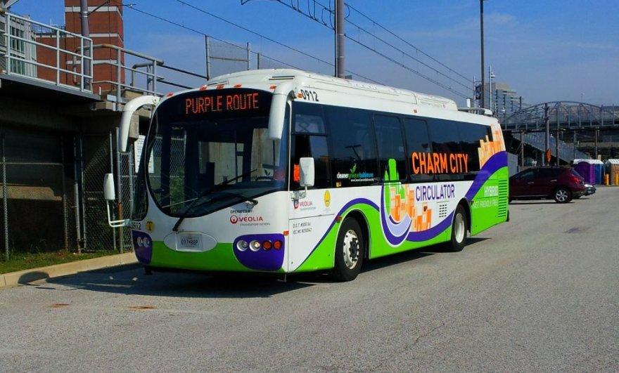 Hibridinis elektra ir dyzelinu varomas autobusus