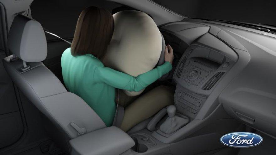 """Naujos kartos """"Ford"""" oro pagalvės"""