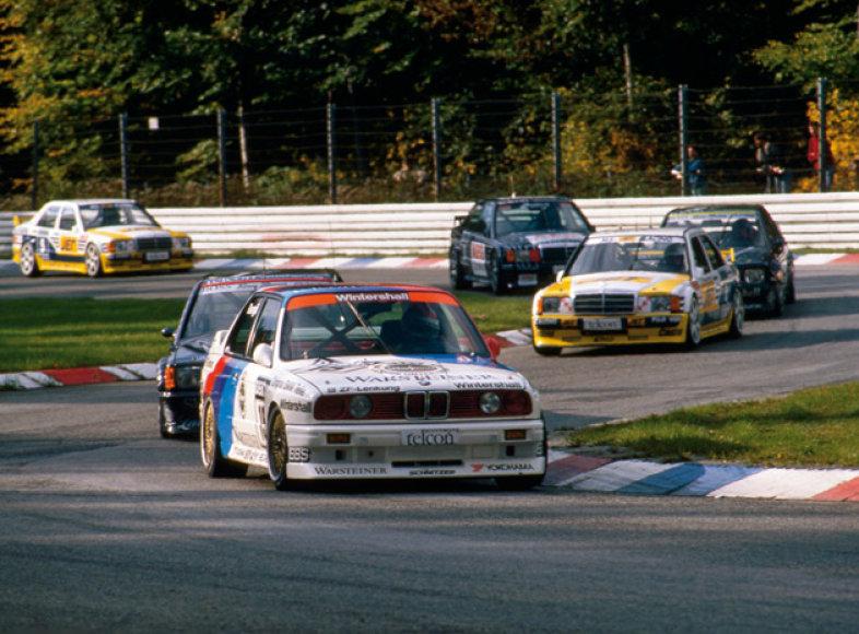 BMW grįžta į DTM lenktynes