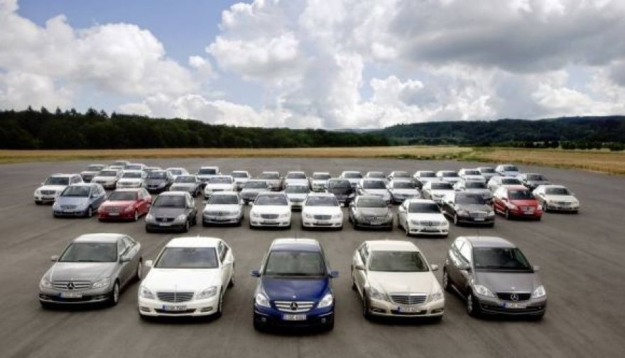"""Mercedes-Benz"" – išliekamosios vertės lyderiai"