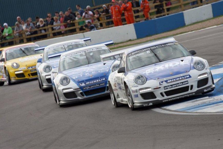 """Porsche Carrera Cup"" savaitgalis ""Donington Park"" lenktynių trasoje"