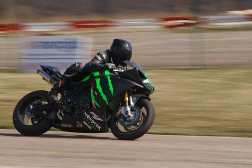 Motociklininkų sezono atidarymas Nemuno žiedo lenktynių trasoje
