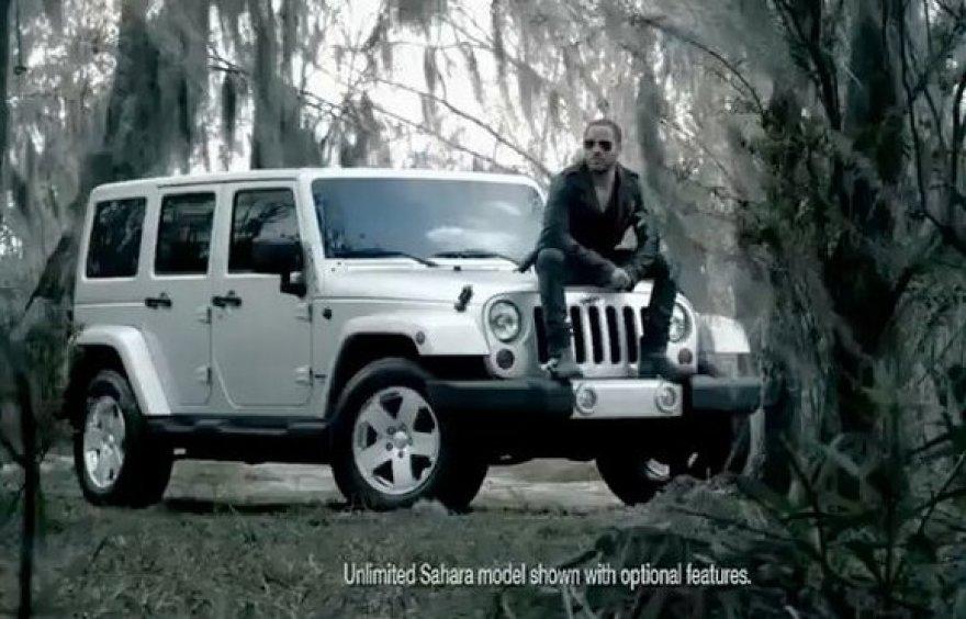 """Lenny Kravizas """"Jeep Wrangler"""" reklamoje"""
