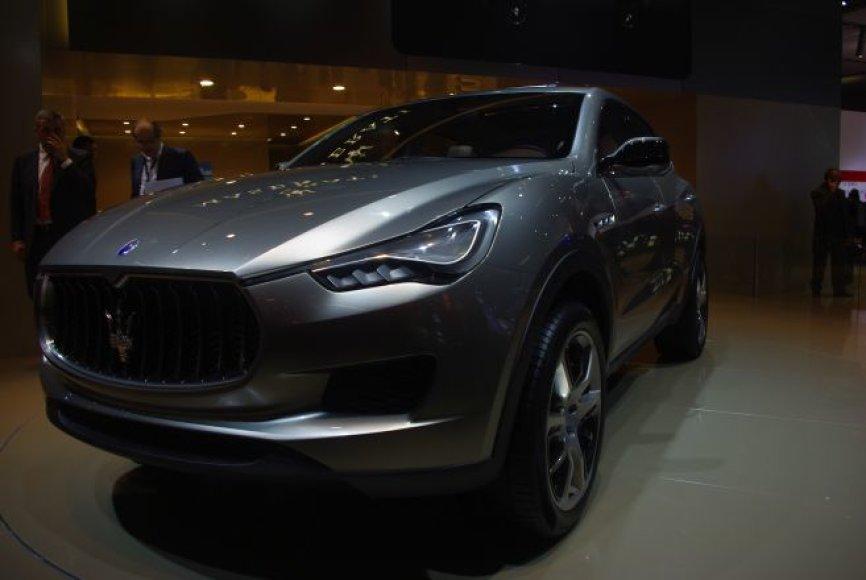 "Visureigis stilingai – ""Maserati Kubang"""