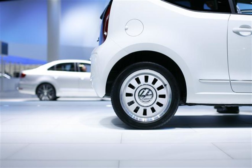 """""""Volkswagen white up!"""""""
