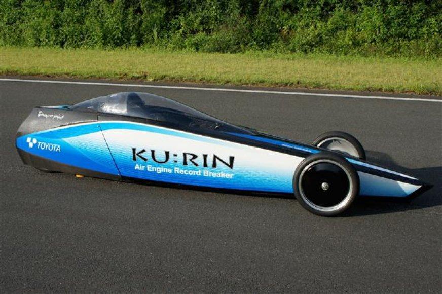 KU:RIN 2 suslėgtu oru varomas automobilis