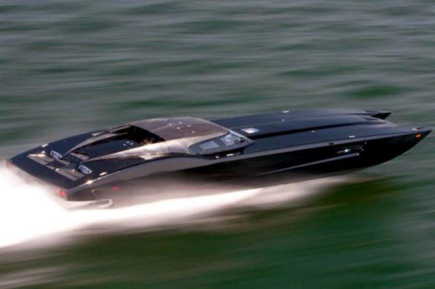 """Marine Technology"" pagamino ""Corvette ZR1"" įkvėptą katerį"