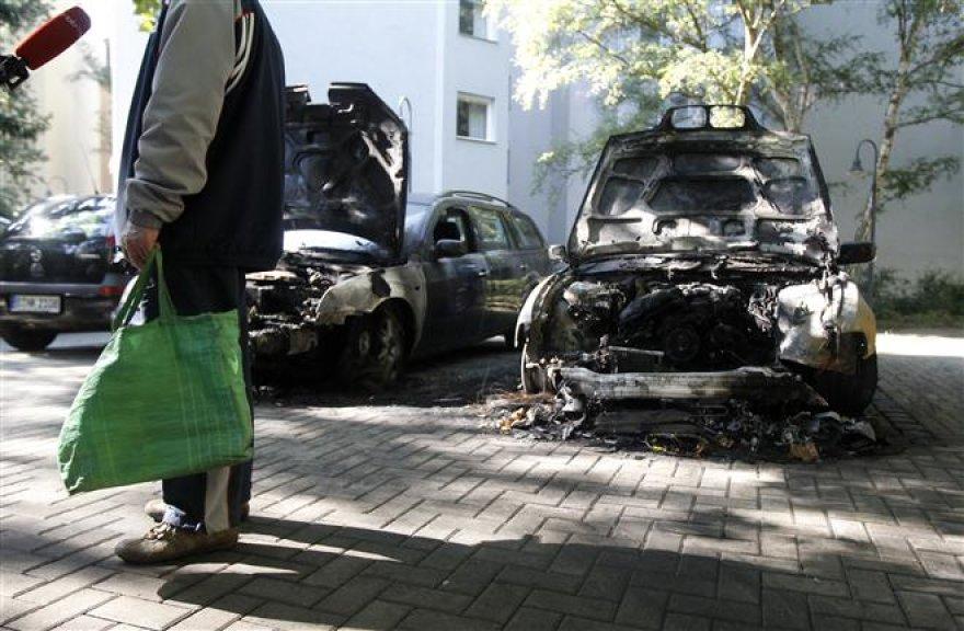 Apdegę automobiliai Berlyne