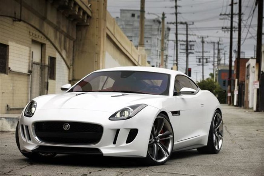 """Jaguar C-X16"" koncepcija Los Andžele"