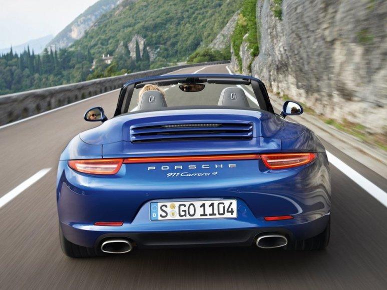 """Porsche 911 Carrera 4"""