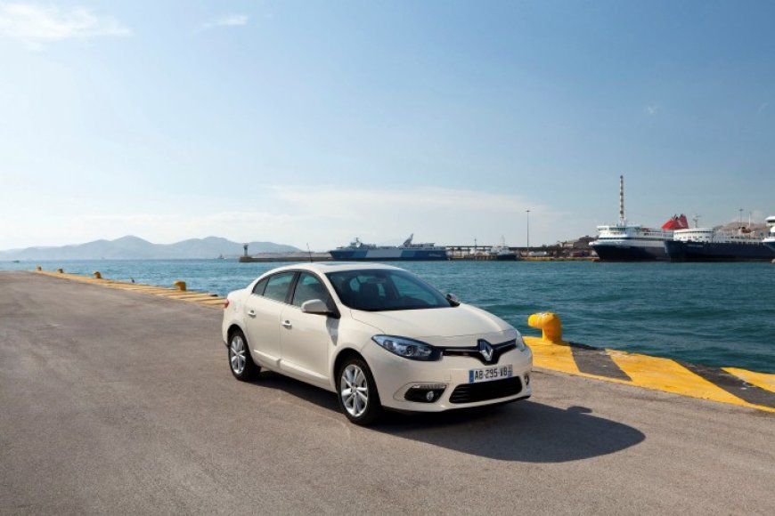 "Naujasis ""Renault Fluence"""