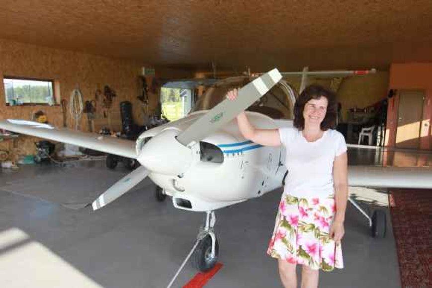 Aviacijos entuziastų bendruomenę kurianti L.Ramonienė tiki, kad gyventi šalia lėktuvo norės vis daugiau dangaus ir skraidymo mėgėjų.