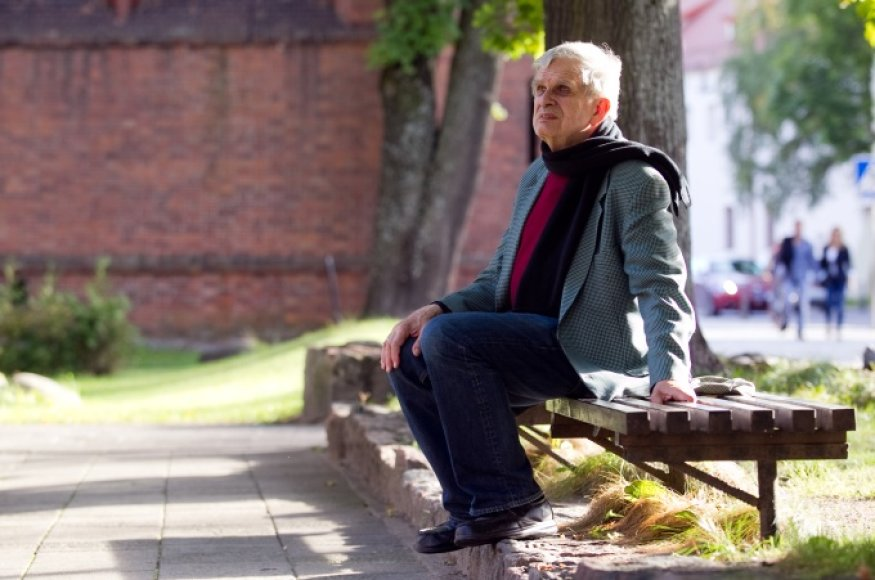 1977-aisiais į Jungtines Valstijas emigravęs T.Venclova sako, kad Lietuva jam rūpi labiau nei bet kuri kita pasaulio šalis.