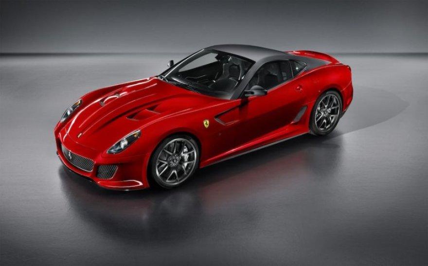 """""""Ferrari 599 GTO"""" – greičiausias gatvės žirgas"""