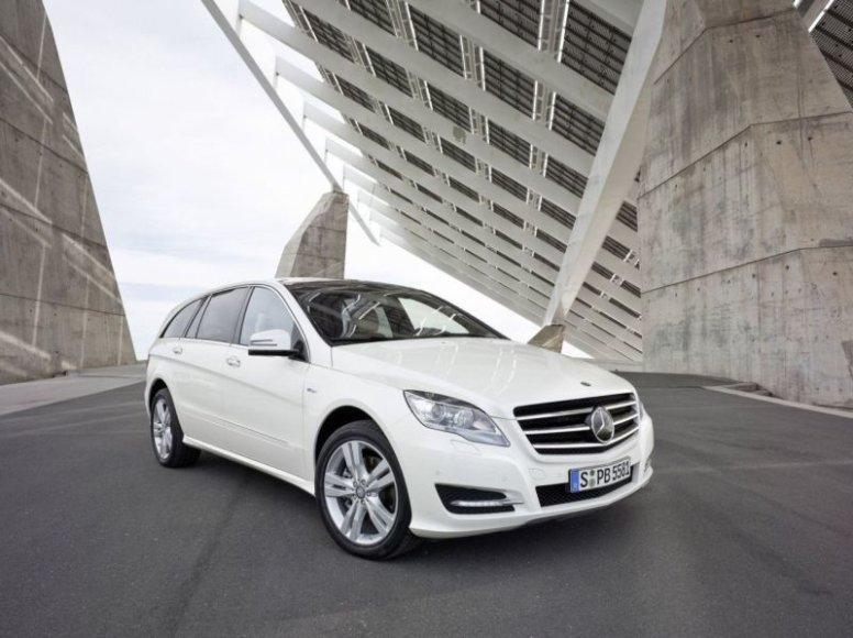 """""""Mercedes-Benz R"""" skoningai atnaujintas"""