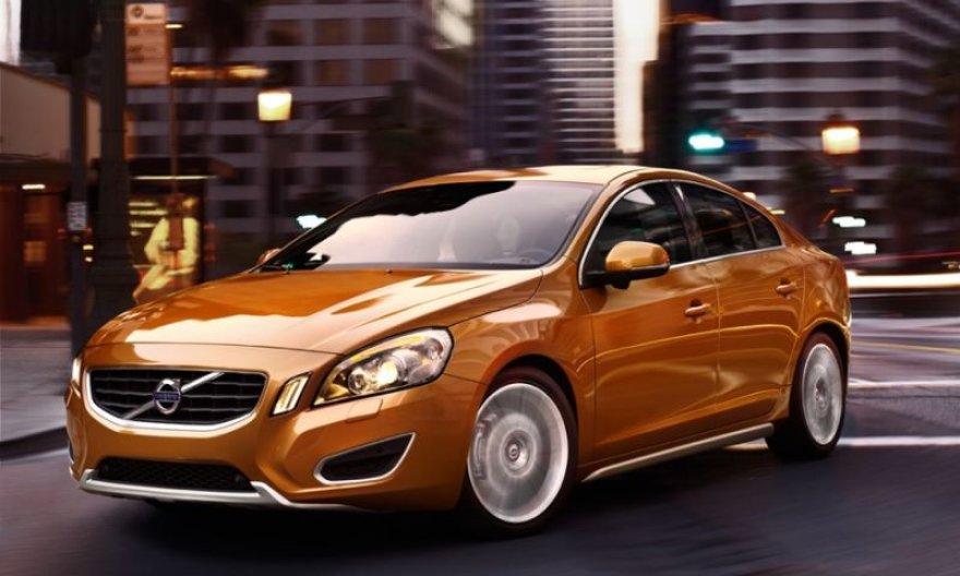 """""""Volvo S60"""" – dinamiškesnis už pirmtaką"""