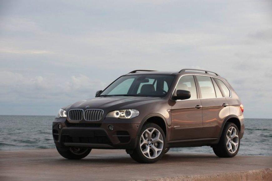 Atnaujintame BMW X5 – nauji varikliai