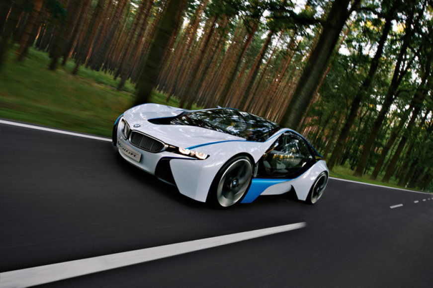 """BMW Vision EfficientDynamics"" – turbodyzelinis hibridas"