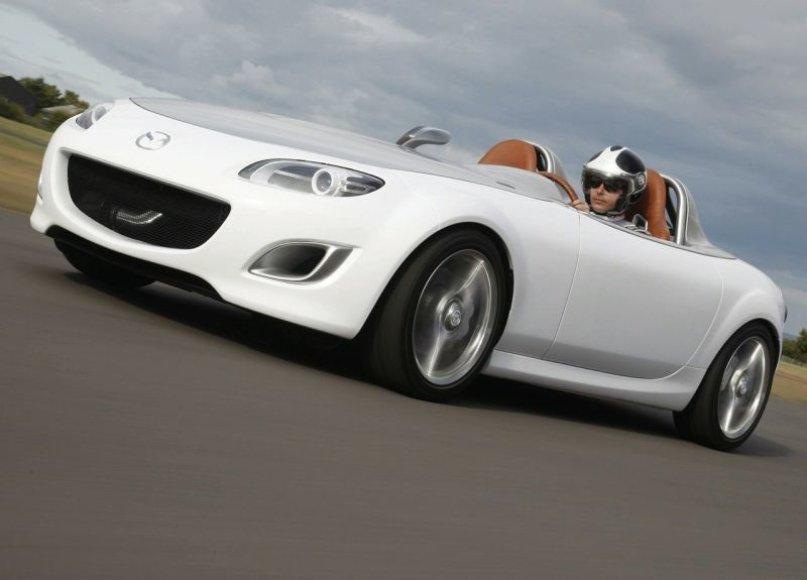 """Mazda MX-5 Superlight"" koncepcija sukurta jubiliejaus proga"