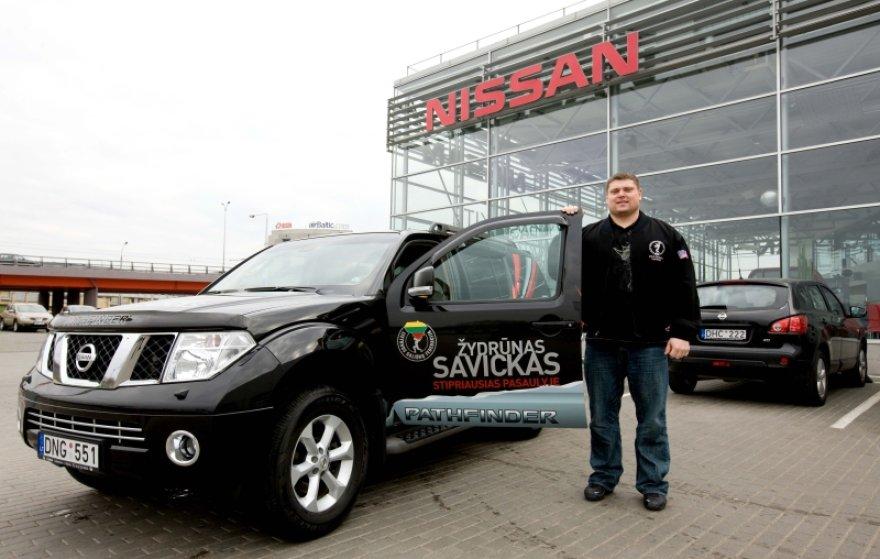 """""""Nissan Pathfinder"""" – naujasis Žydrūno Savicko automobilis"""