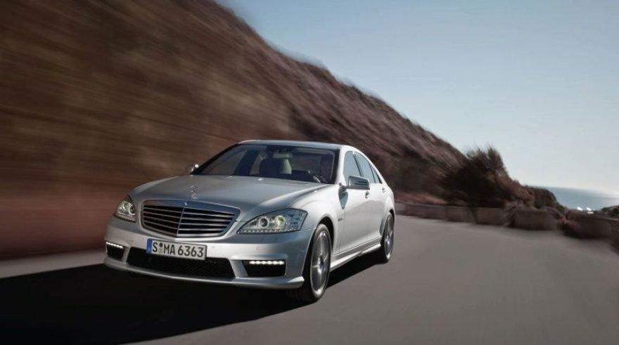 "Atnaujinta ""Mercedes-Benz S AMG"" serija nustebins galia"