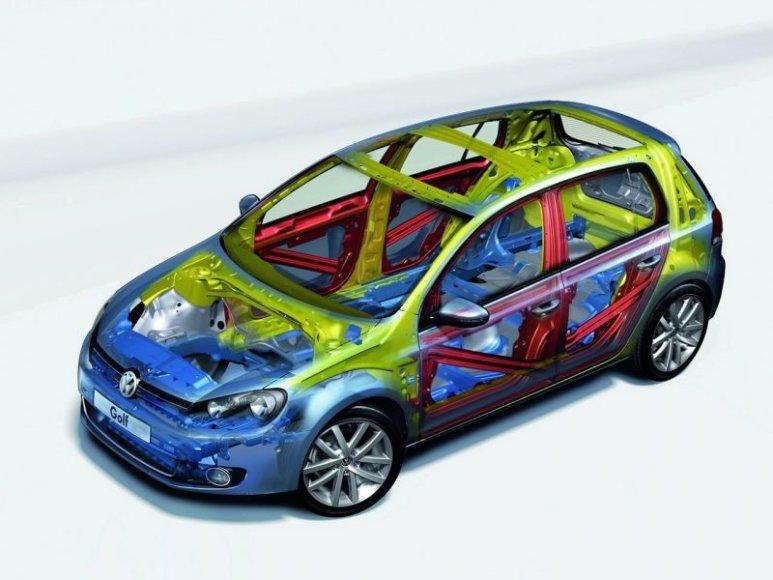 """Naujasis """"Volkswagen Golf"""" gavo aukščiausią saugumo įvertinimą"""