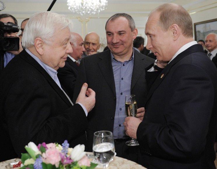 Olegas Tabakovas, Nikolajus Fomenko ir Vladimiras Putinas