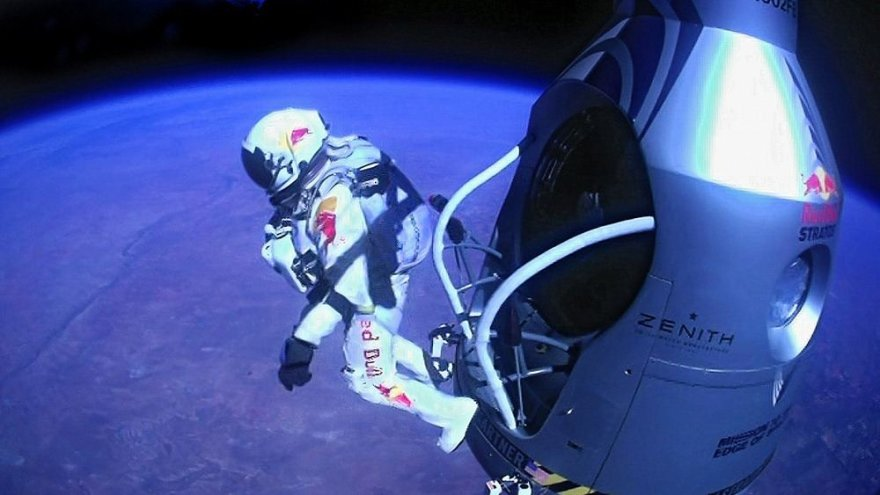 Felixo Baumgartnerio šuolis iš kapsulės