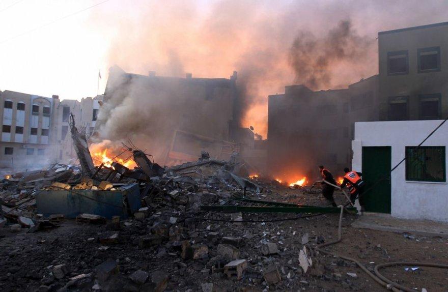 Raketos pataikė į Vidaus reikalų ministerijos pastatą Gazoje