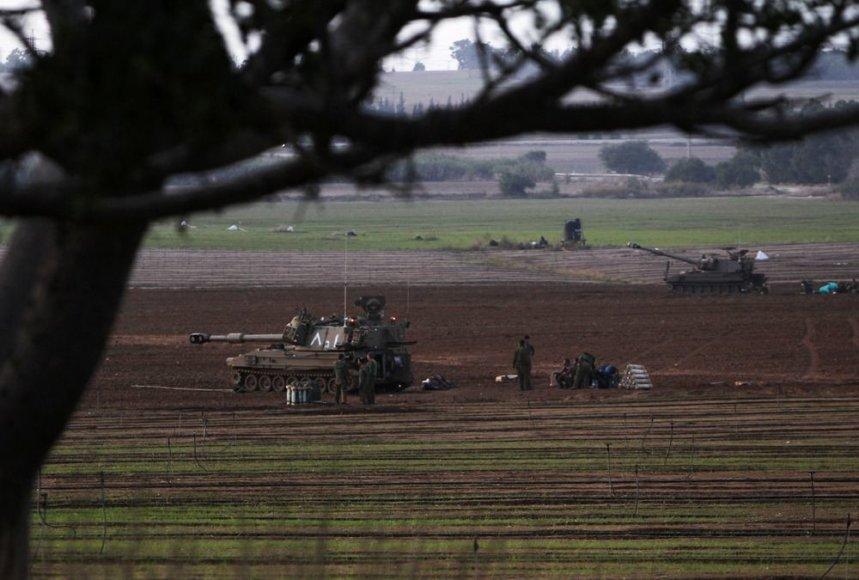Izraelio sausumos karinės pajėgos netoli sienos su Gazos Ruožu
