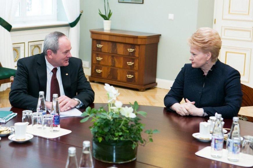 Jay Johnsonas ir Dalia Grybauskaitė