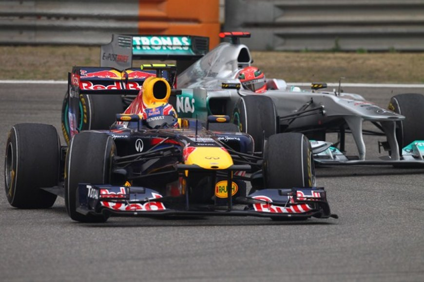 Markas Webberis (priekyje) ir Michaelis Schumacheris