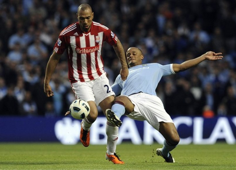 Johnas Carew ir Vincentas Kompany