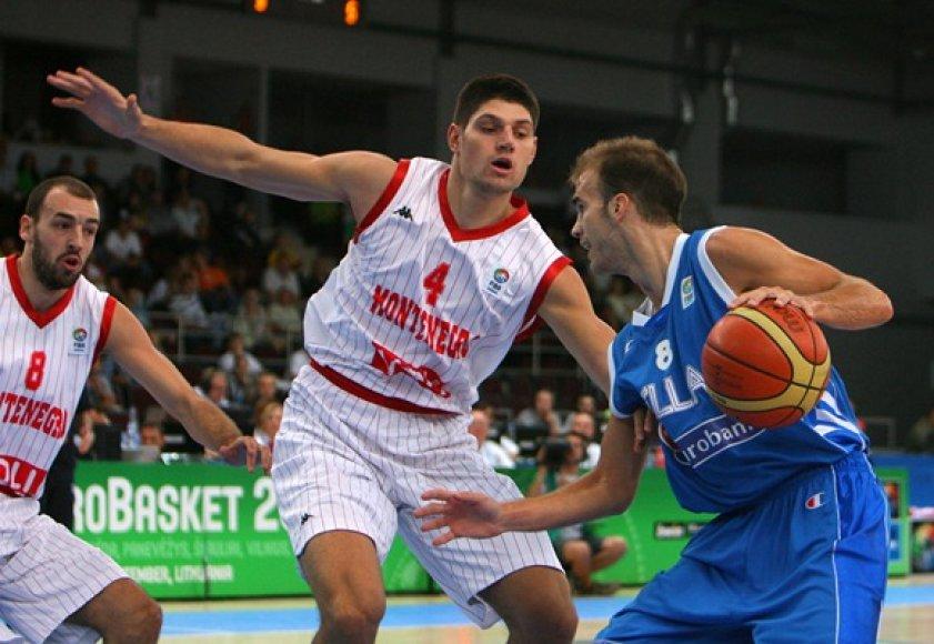 Nickas Calathesas (su kamuoliu)