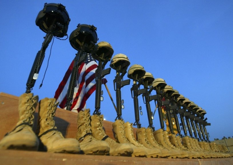 Žuvusių 15 JAV karių pagerbimas (2003 lapkričio 6 d.)