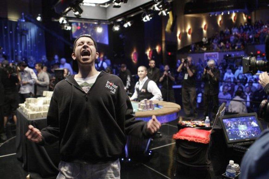 J.Duhamelis triumfuoja WSOP čempionate Las Vegase