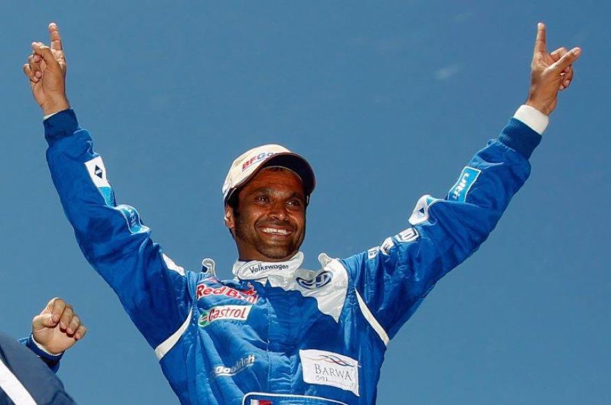 Nasseras Al-Attiyahas triumfuoja Dakaro ralyje