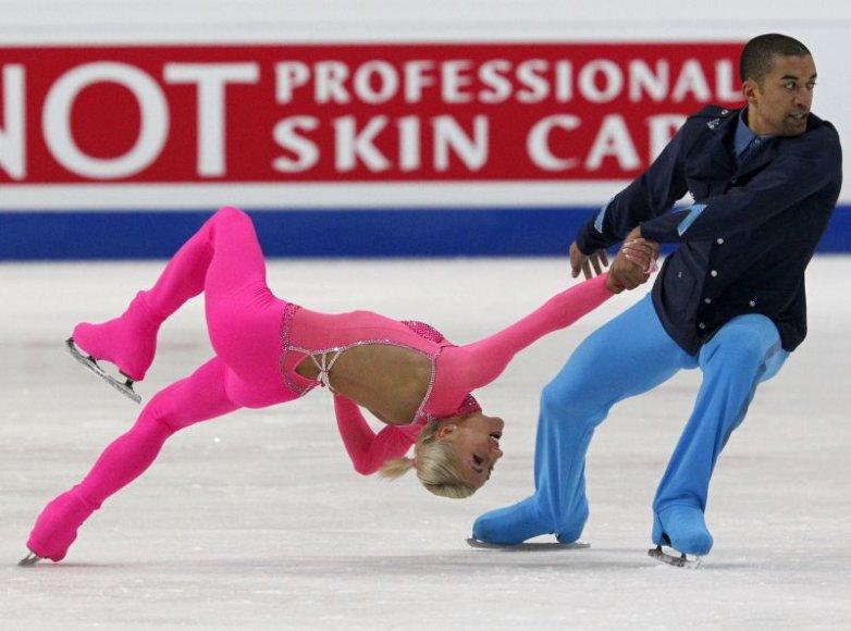Aliona Savchenko ir Robinas Szolkowy susigrąžino Europos čempionų vardus.