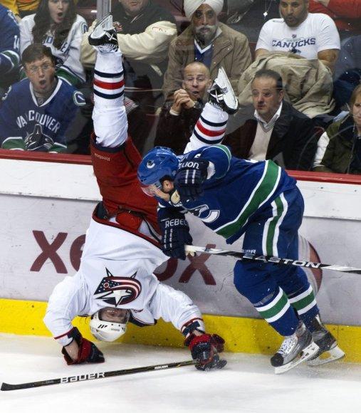 NHL lyderiai pasiekė 40 pergalę