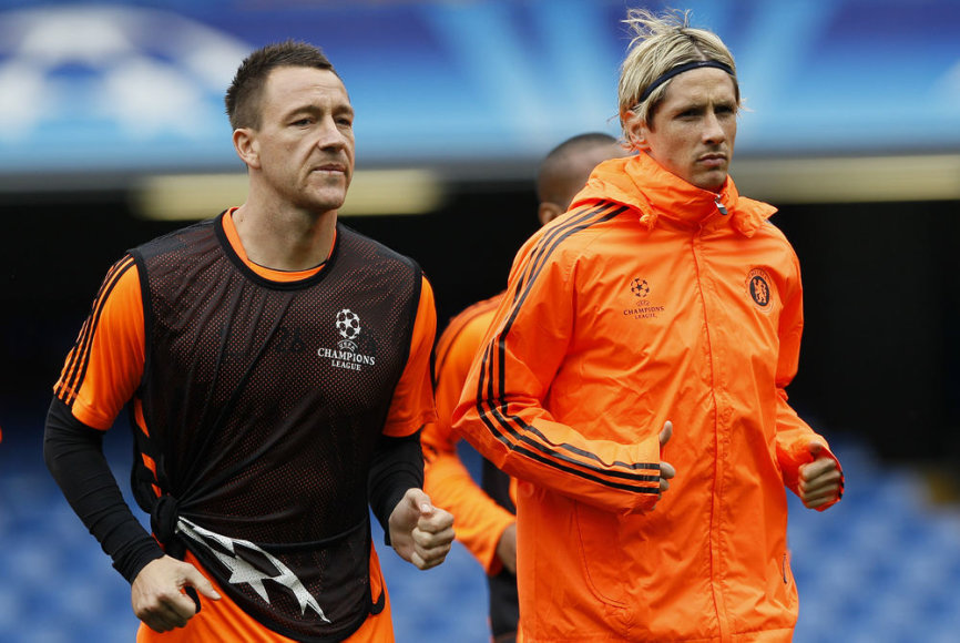 Fernando Torresas (dešinėje)