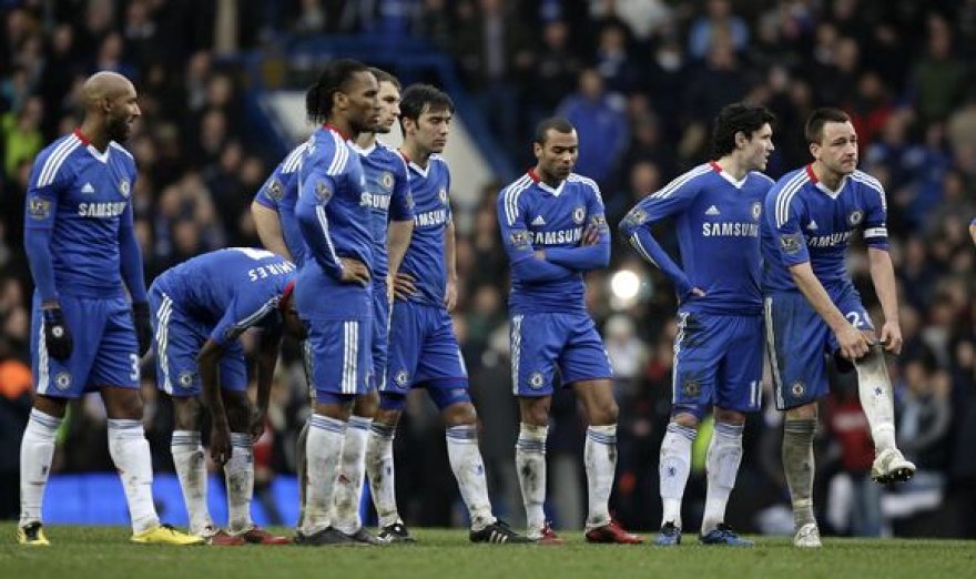 """Po 11 metrų baudinių loterijos Londono """"Chelsea"""" eliminuota iš FA taurės"""
